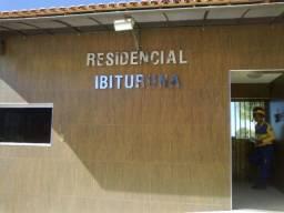 Alugo Apto. 3 qt. no Residencial Ibituruna