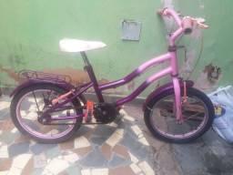Bicicleta aro 16. Conservada