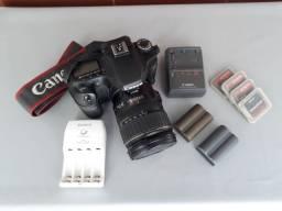 Vendo câmera Canon profissional 40 D