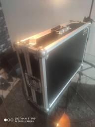 DDj 400 com Hard case novíssima pouco uso