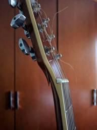 Violão para uso de luthier.