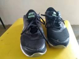 Tênis Nike feminino N° 38