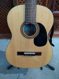 Vende-se violão de nylon Yamaha C45K