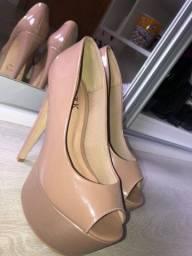 Sapato de salto alto Nude