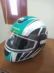 Vendo capacete Honda escamoteável com óculos