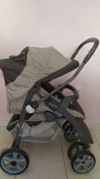Carrinho de bebê reversível