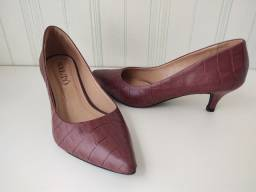 Sapato Lindo salto ótimo dia a dia