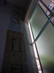 Prateleira em vidro temperado