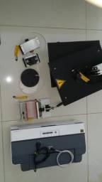 Equipamentos de estampar canecas, camisetas, boné e pratos
