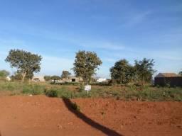 Vende-se um lote de terreno para construção no Sagrada Família