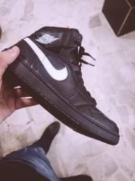 Tênis Nike Jordan preto