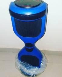 Hoverboard Azul com Led na frente e dentro da roda gira igual Ioiô