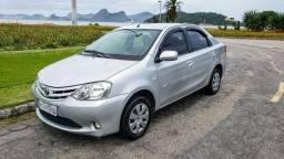 Toyota Etios Sedã XS 1.5 Top de Linha + Bancos em Couro + 42.000Kms - 2013