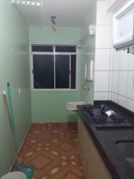 Alugo apartamento no residencial florida perto do clube do mané