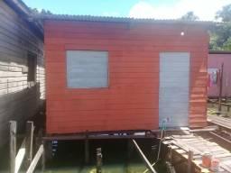 Casa com terreno em área de Ressaca