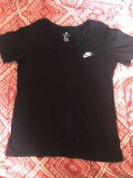 Blusa/camisa Nike original usada só algumas vezes