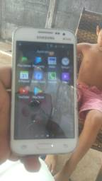 Um celular Samsung 8 GB de memória