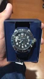 Vendo relógio Tommy