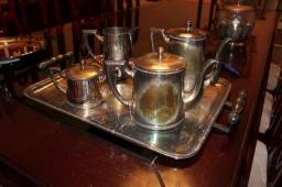 Conjunto de Chá em Banho de Prata c/ 5 peças