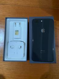 iPhone 8 Plus/ seminovo/ 64 Gb