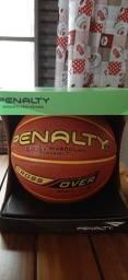 Bola pênalti de basquete 7.8