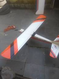 Avião treinador aeromodelo motor elétrico