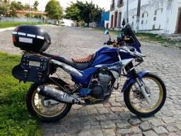 Moto 300