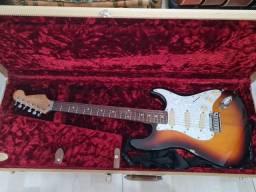 Fender Strat plus  deluxe sunburst 1993
