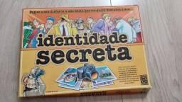 Jogo - Identidade Secreta