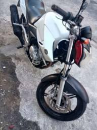 Yamaha fazer barato!!