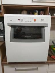 Lava louças Brastemp Ative 8 Serviços, Semi-nova, funcionando 100%