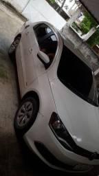 Alugo Voyage pra uber