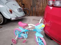Bicicleta infantil seminova