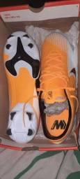 Chuteira Nike zero n42