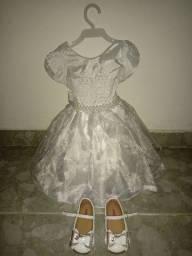 Vestido e sapato