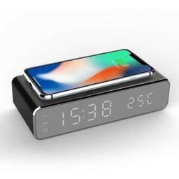Alarme de mesa USB Digital LED Relógio com carregador sem fio