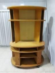 Rack madeira rústica em perfeita condições de uso. 320 rs