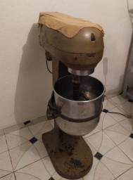 Batedeira industrial 20 litros