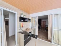 Finamente montado e decorado, 3 quartos suite, 2 vaga, proximo ao mar