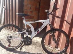 Bicicleta aro 26 800,00