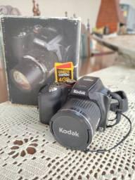 Câmera semi-profissional Kodak Z990