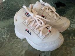 Sapato da fila número 22