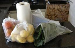 rolo com 500 sacos transparente e 10 sacos para lixo Frete Barato para todo Brasil