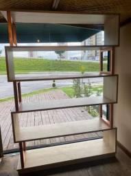 Móvel vitrine