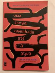 Uma longa caminhada até a água | Linda Sue Park