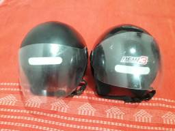dois capacete 1/60 outro 58