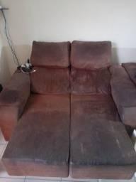 Sofa retratil tenho 2 cada um R$ 300,00