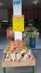 Varejão e mercearia. Mini mercado