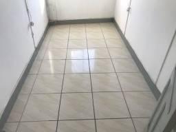 Apartamento 3 quartos , sala  , cozinha e banheiro  ,  centro