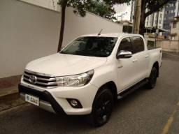 Hilux SRV 2.8 4X4 Diesel, cabine dupla, automática